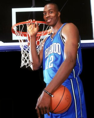 Dwight-howard-holding-rim_medium