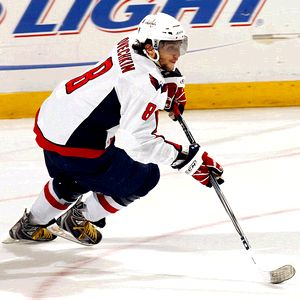 Nhl_g_alexovechkin_300_medium