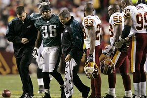 54189_eagles_redskins_westbrook_injured_football_medium
