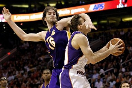 80573_lakers_suns_basketball_medium