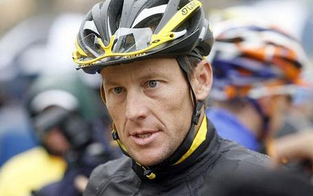 Lance-armstrong_ap_1299516i_medium
