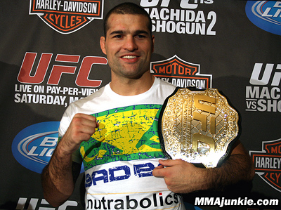 Mauricio-shogun-rua-7_medium
