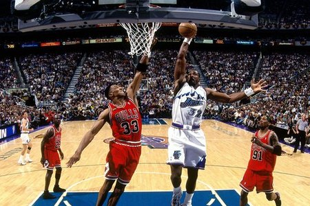 82722_1998_nba_finals_game_2__chicago_bulls_vs__utah_jazz_medium
