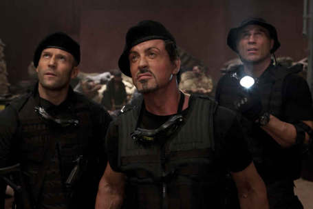 Sylvester-stallone-jason-statham-randy-couture-the-expendables_medium