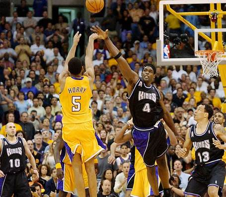 Robert_horry_01_medium