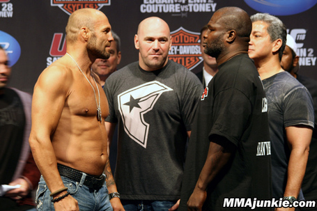 Randy-couture-james-toney_medium