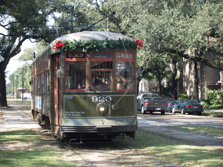 Street-car-on-st-charles_medium