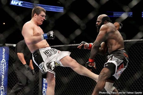Kimbo-slice-vs-matt-mitrione_medium