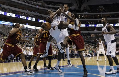 89936_cavaliers_mavericks_basketball_medium