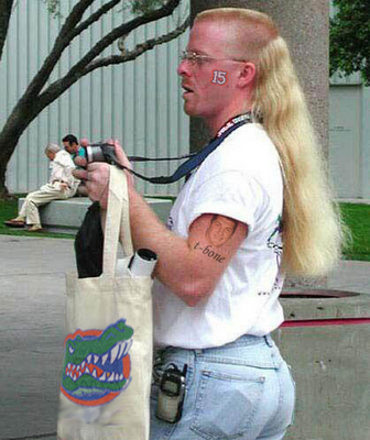 15_florida_fan_who_really_likes_tebow_medium