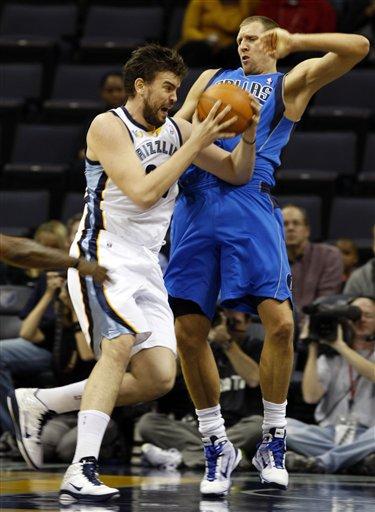 92214_mavericks_grizzlies_basketball_medium