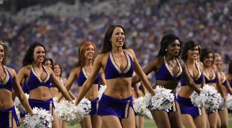 Minnesota-vikings-cheerleader-11_medium