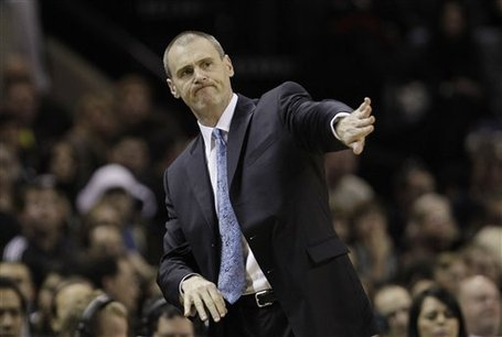 93773_mavericks_spurs_basketball_medium