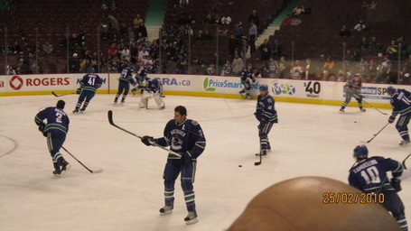 Canucksgame045_medium