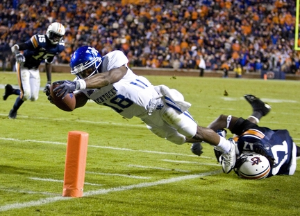 Kentucky-auburn-football-1jpg-86dba056c04e3649_large_medium