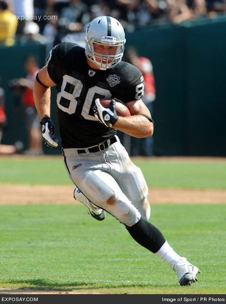 Zach-miller-80-2009-nfl-denver-broncos-tasihb_medium