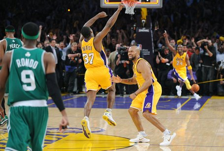 Lakers_222_medium_medium