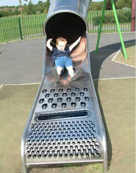 Grated_slide_for_kids_medium