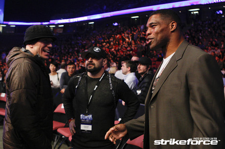 068_georges_st-pierre_and_herschel_walker_medium
