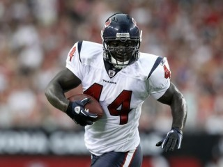 6330-vonta_20leach_texans_biography_medium