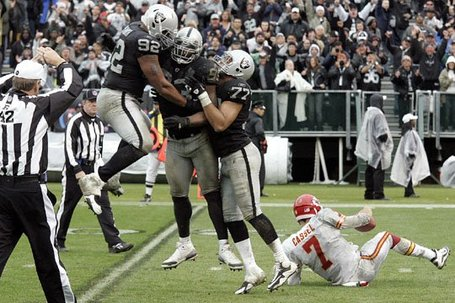 110710-raidersvschiefs14--nfl_medium_540_360_medium