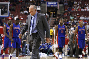 Detroit-pistons-head-coach-john-kuester-walks-onto_medium
