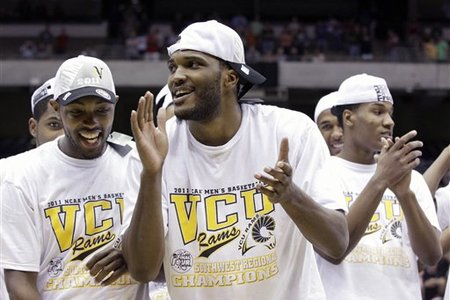 63154_ncaa_vcu_kansas_basketball_medium