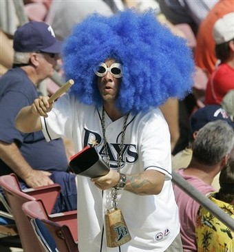 Rays-fan-wig-cowbell_medium