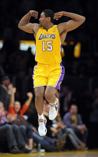 105307_clippers_lakers_basketball_medium