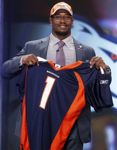 83473_nfl_draft_football_medium