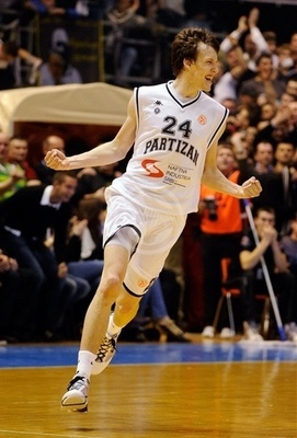 Jan-vesely-partizan_display_image_display_image_medium
