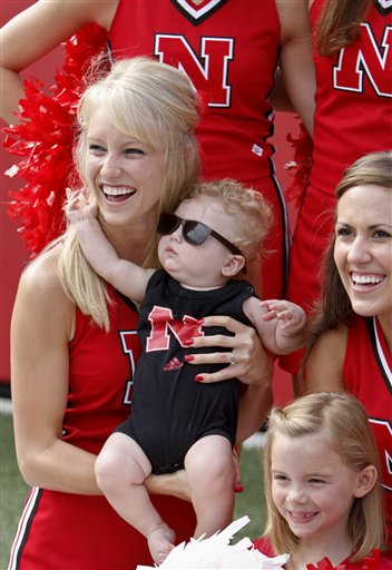 43754_nebraska_fan_day_football_medium