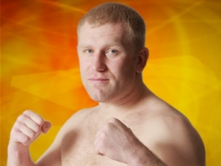 Sergei_kharitonov_knocks_out_andrei_arlovski_in_the_first_round_medium
