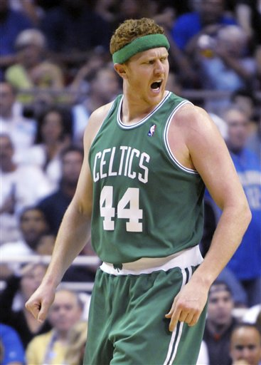 63641_celtics_magic_basketball_medium