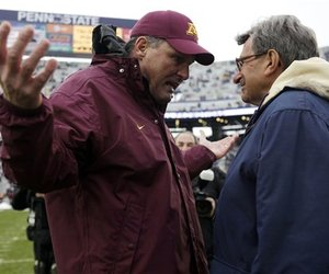 35845_minnesota_penn_st_football_large_medium