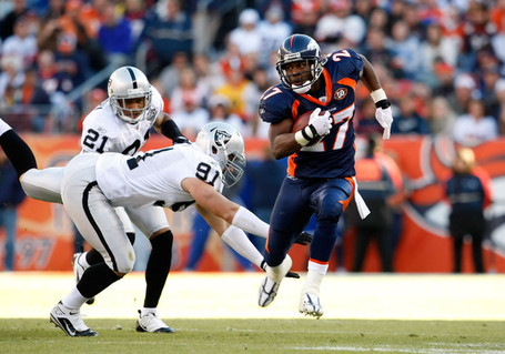 Oakland_raiders_v_denver_broncos_qjrsolypaqal_medium