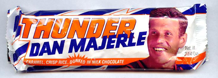 dan-majerle-thunder-bar.jpg