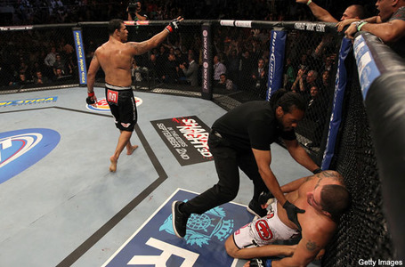 Nogueira_pulls_upset_and_kos_schaub_at_ufc__medium