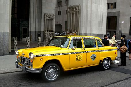 800px-checker_taxi_madison_sq_jeh_medium