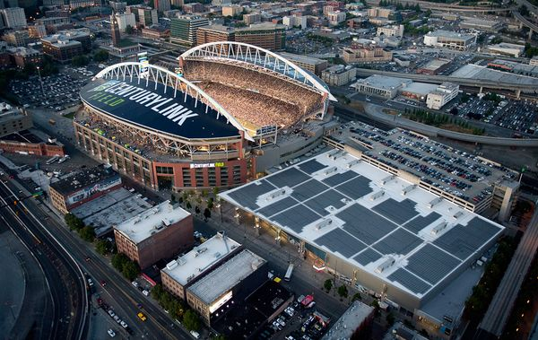 Photo Seattle Seahawks Use Solar Panels To Power Qwest