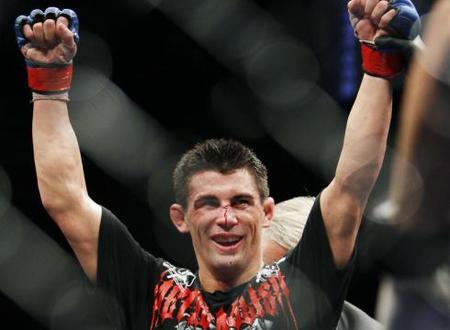 Dominick-cruz-vs-demetrious-johnson-title-fight-set-for-free-tv-at-ufc-on-versus-6_medium