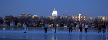 Pondhockey011808c_medium