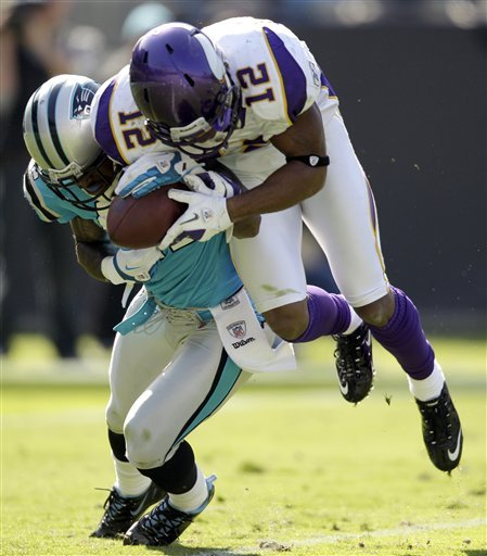 Vikings_panthers_football_93920_game_medium