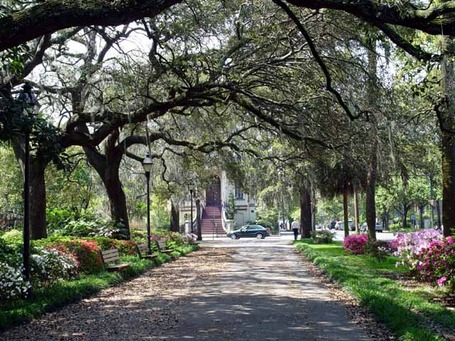 Savannah-georgia-romantic-getaway_medium