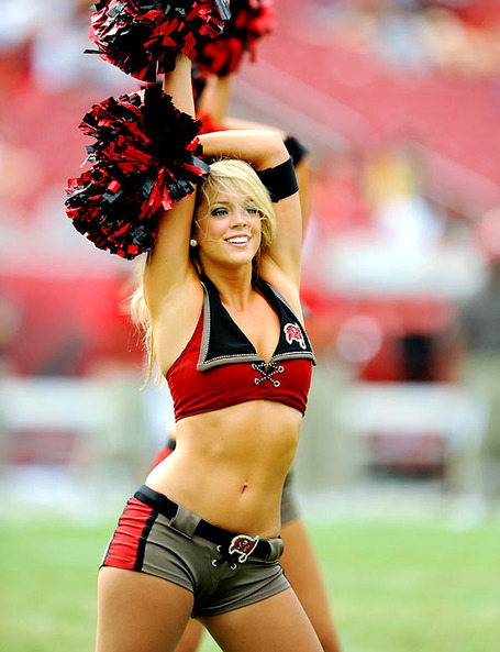 Buccaneers-cheerleaders_01__medium