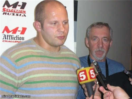 Fedor_emelianenko_sweater_2-610x457_medium