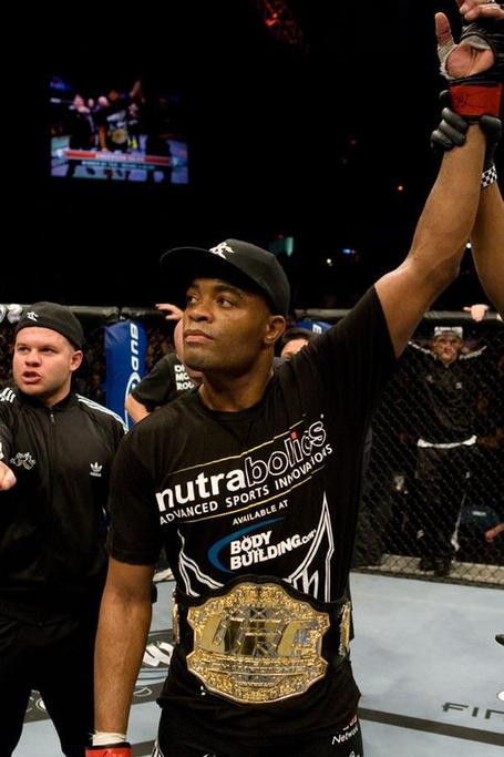 Anderson-silva-hand-raised_medium