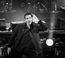 269px-jim-carrey-2008_medium
