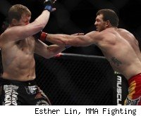 Ryan Bader beats Jason Brilz at UFC 139.