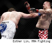 Roy Nelson beats Mirko Cro Cop at UFC 137.